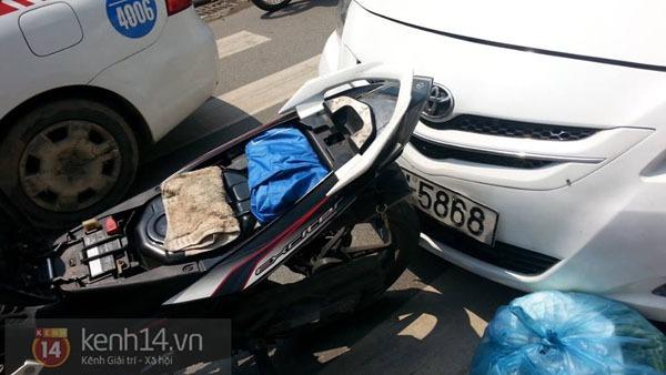Va chạm giao thông, lái xe taxi cầm cờ lê đánh người đi đường bị thương 2