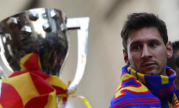 Cận cảnh buổi lễ ăn mừng hoành tráng của Barcelona 7