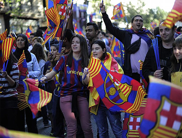 Cận cảnh buổi lễ ăn mừng hoành tráng của Barcelona 5