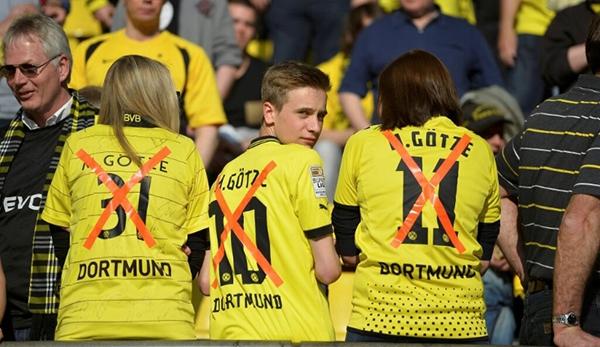 """CĐV Dortmund """"chửi rủa"""" Gotze ngay trong trận đấu với Bayern 3"""