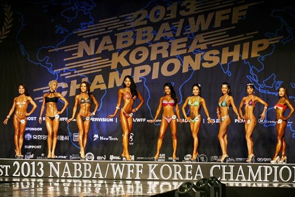 """Lạ mắt cuộc thi hoa hậu """"cơ bắp"""" tại Hàn Quốc 6"""
