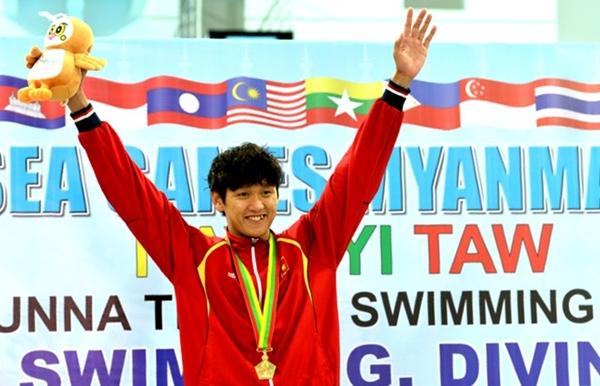 Bản tin SEA Games 27 ngày 16/12: Ánh Viên, Quý Phước liên tiếp thống trị đường đua xanh 2