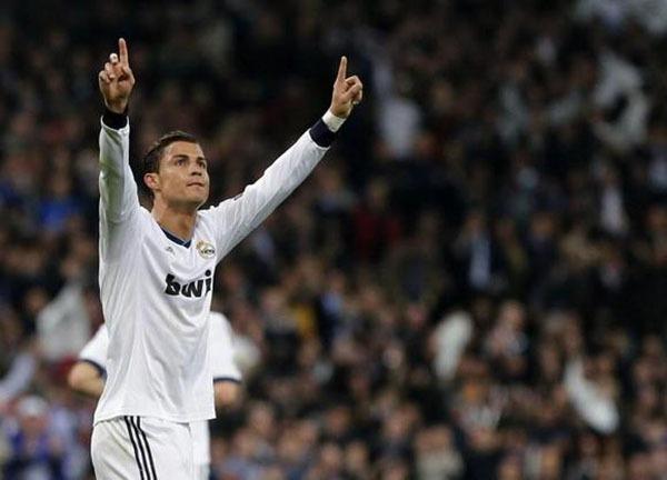 """Nhìn lại năm 2013 của """"cỗ máy ghi bàn"""" Cristiano Ronaldo 2"""