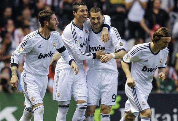 """Nhìn lại năm 2013 của """"cỗ máy ghi bàn"""" Cristiano Ronaldo 4"""