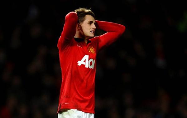 """Sao trẻ Manchester United bị tố """"keo kiệt"""" khi hẹn hò cùng bạn gái 3"""