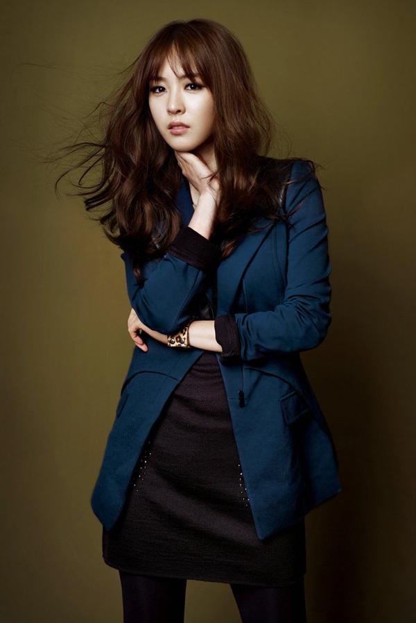 Lee Yeon Hee trở thành kỹ nữ màn ảnh 4