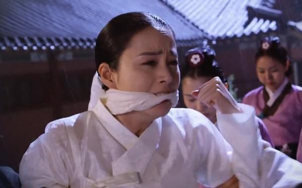 Jang Ok Jung (Kim Tae Hee) có nguy cơ vô sinh 4