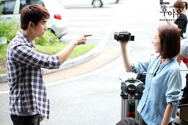 """Taecyeon (2PM) đọ tài bắn súng cùng """"tình địch"""" 4"""