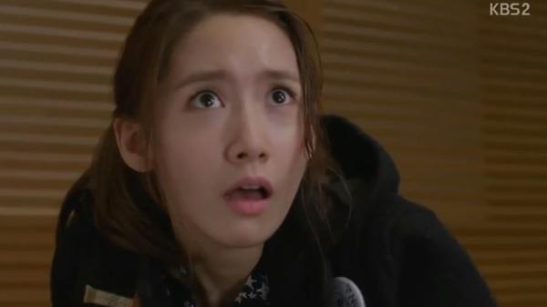 Da Jung (Yoona) bị tạt nước ướt nhẹp 8