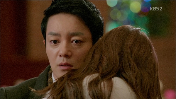 Da Jung (Yoona) nhận lời cầu hôn thứ thiệt 5