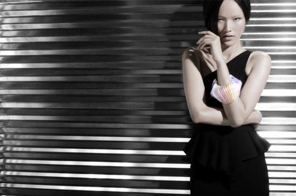 Tuyết Lan làm mẫu cho bộ ảnh quảng bá của thương hiệu nước ngoài 6