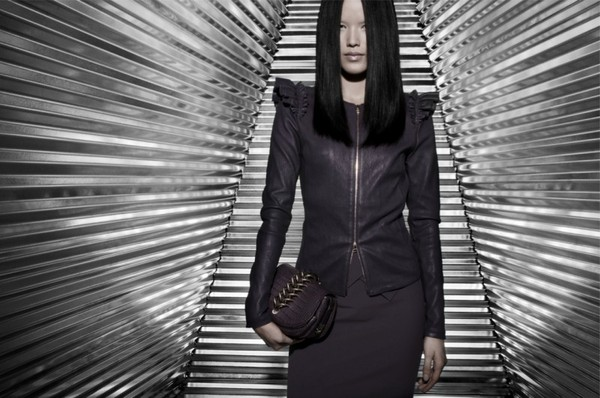 Tuyết Lan làm mẫu cho bộ ảnh quảng bá của thương hiệu nước ngoài 7