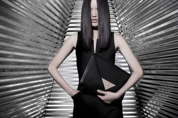Tuyết Lan làm mẫu cho bộ ảnh quảng bá của thương hiệu nước ngoài 8
