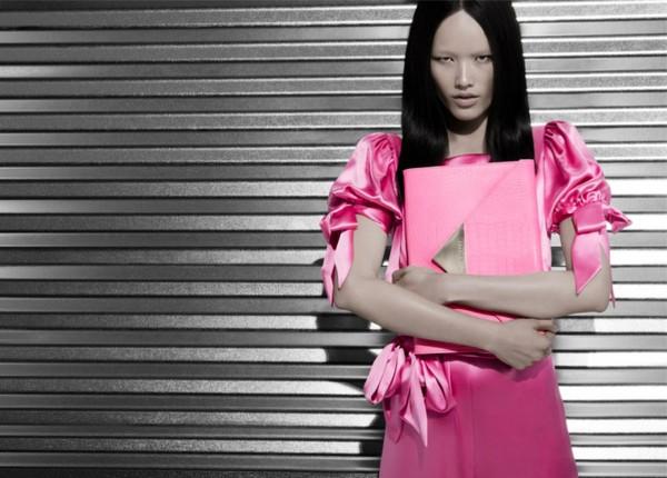 Tuyết Lan làm mẫu cho bộ ảnh quảng bá của thương hiệu nước ngoài 12