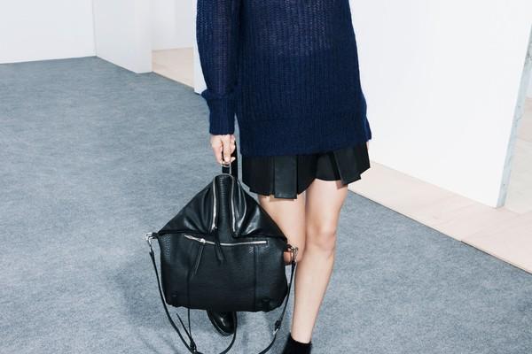 """Mặc xinh ngày se lạnh với """"bộ đôi"""" áo len - chân váy xòe  1"""