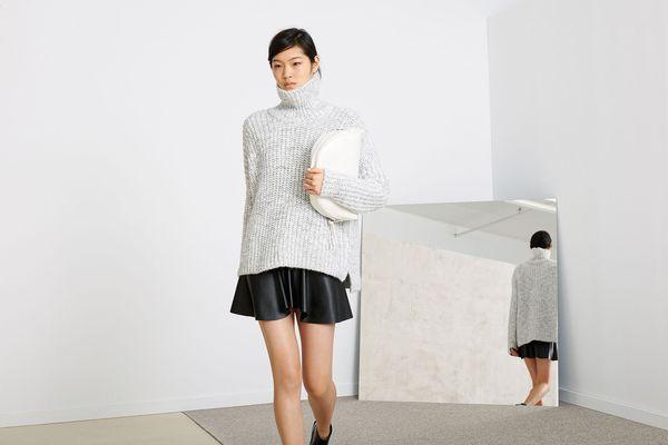 """Mặc xinh ngày se lạnh với """"bộ đôi"""" áo len - chân váy xòe  3"""