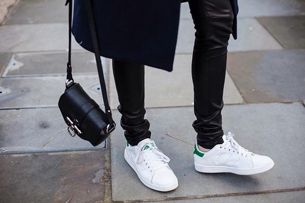 """9 đôi sneaker """"lịch sử"""" vẫn luôn được yêu thích mọi thời đại 18"""