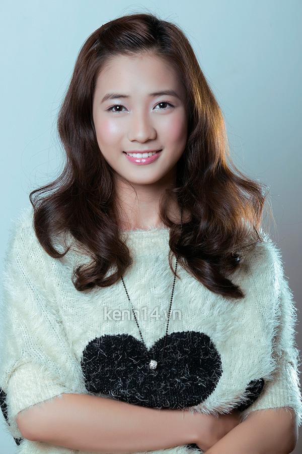 Điểm mặt 3 nữ sinh Phan Đình Phùng cực hot 10