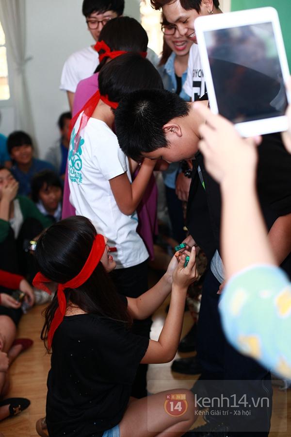 Chi Pu, Sa Lim, Quỳnh Anh Shyn thân thiết trong buổi offline của St.319 6