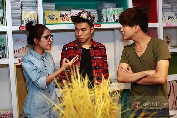 Chi Pu, Sa Lim, Quỳnh Anh Shyn thân thiết trong buổi offline của St.319 16