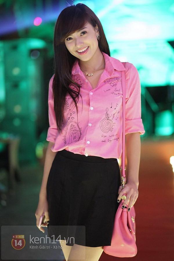 Ngỡ ngàng hot girl Việt giản dị mà cực dễ thương khi mặc quân phục 8