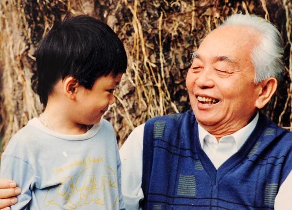 Những dòng chia sẻ xúc động của hai cháu nội Đại tướng Võ Nguyên Giáp  3