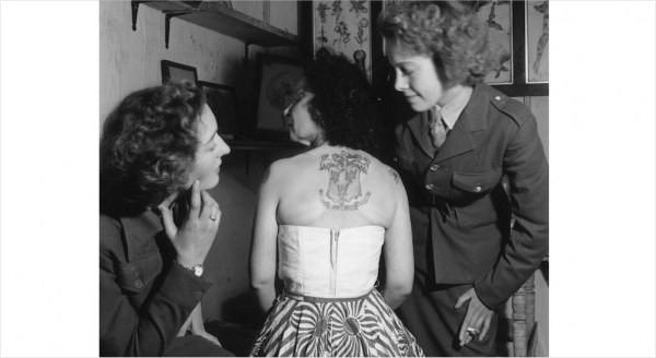 Những bức hình hiếm về hình xăm trên cơ thể phụ nữ thế kỷ 19 11