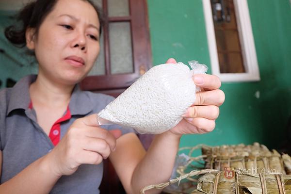 Bánh tét chữ độc đáo nhất Sài Gòn hút khách vào dịp Têt Ất Mùi 1