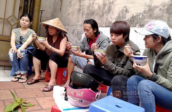 """Vì sao quán bánh đúc """"chảnh"""" nhất Sài Gòn luôn hút khách suốt 40 năm qua? 7"""