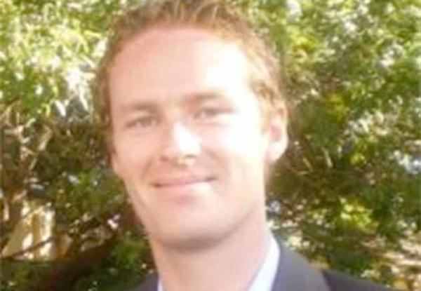 Quản lý quán cafe Lindt được phong anh hùng sau khi thiệt mạng do giằng súng của kẻ bắt cóc 2