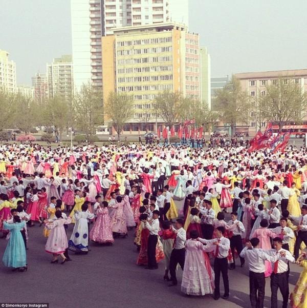 Hướng dẫn viên từng đến Triều Tiên 140 lần chia sẻ hình ảnh về đất nước bí ẩn 14