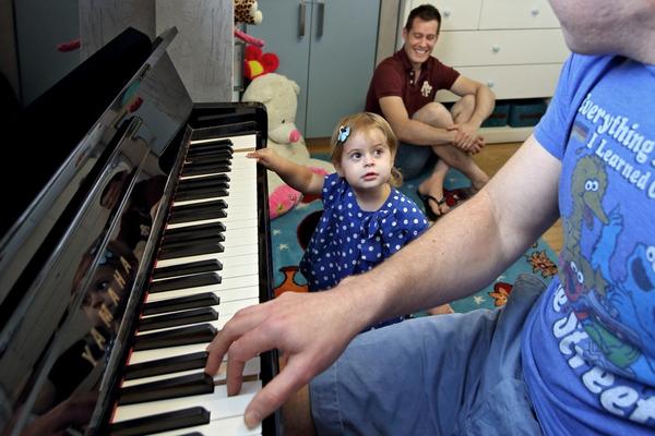 Chùm ảnh: Cuộc sống hạnh phúc của các cặp đồng tính bên con cái 7