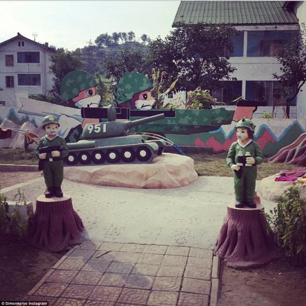 Hướng dẫn viên từng đến Triều Tiên 140 lần chia sẻ hình ảnh về đất nước bí ẩn 20