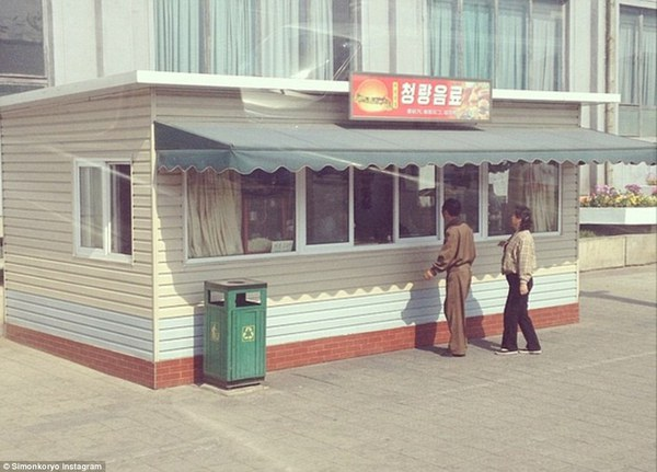Hướng dẫn viên từng đến Triều Tiên 140 lần chia sẻ hình ảnh về đất nước bí ẩn 23