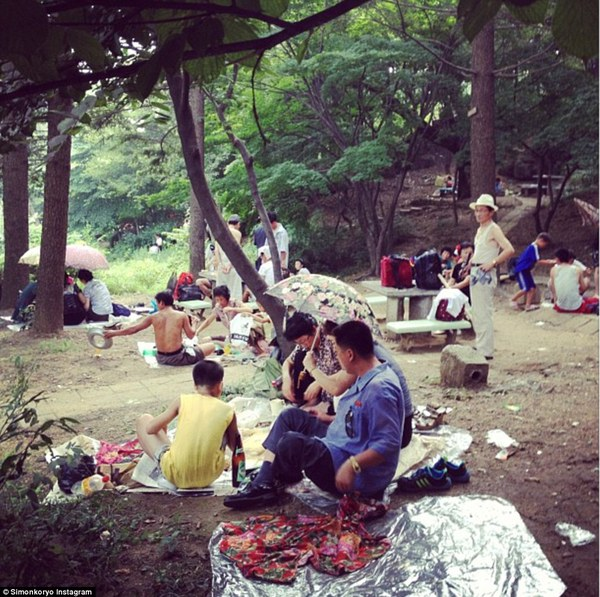 Hướng dẫn viên từng đến Triều Tiên 140 lần chia sẻ hình ảnh về đất nước bí ẩn 6
