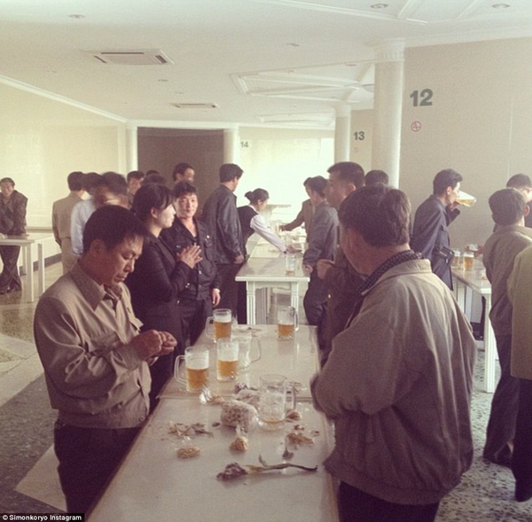 Hướng dẫn viên từng đến Triều Tiên 140 lần chia sẻ hình ảnh về đất nước bí ẩn 8