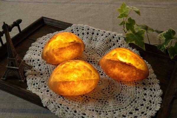 Pampshade: Bánh mì phát sáng siêu lạ mắt và độc đáo 3