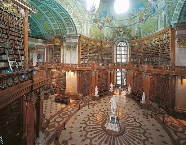 Chiêm ngưỡng những thư viện hoành tráng và đẹp mắt nhất thế giới 10