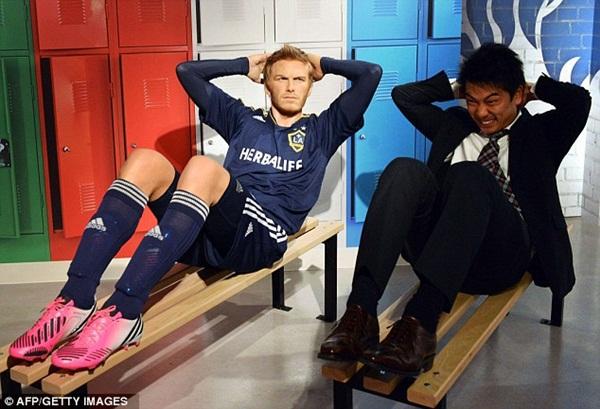 """Messi và Beckham bất ngờ """"xuất hiện"""" tại Nhật Bản 4"""