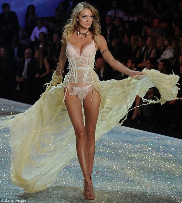 """""""Thiên thần Victoria's Secret"""" Lindsay Ellingson đã đính hôn 3"""
