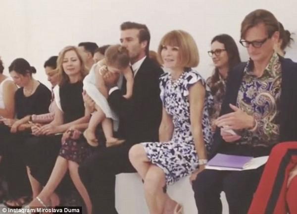Những hình ảnh siêu dễ thương của bé Harper Seven Beckham 3