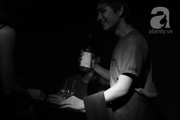 Nhà hàng bóng tối do người khiếm thị phục vụ lần đầu tiên xuất hiện ở Việt Nam 15