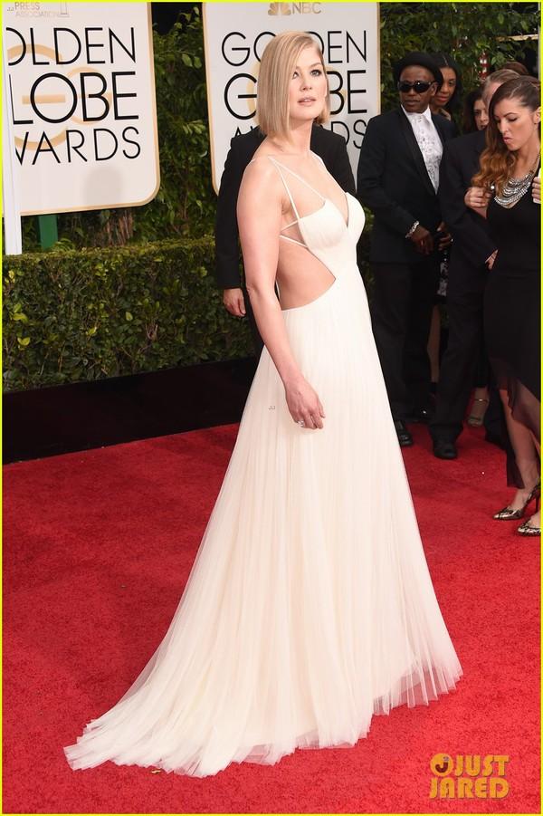 Bóc mác loạt váy áo lộng lẫy của sao tại Quả Cầu Vàng 2015 12