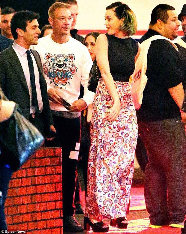 Katy Perry bị bắt gặp hẹn hò với bạn trai mới 1