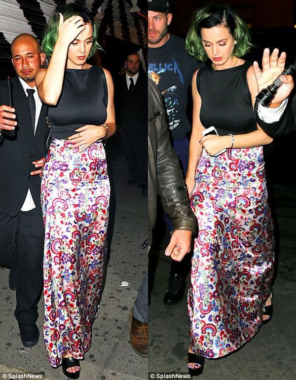 Katy Perry bị bắt gặp hẹn hò với bạn trai mới 5