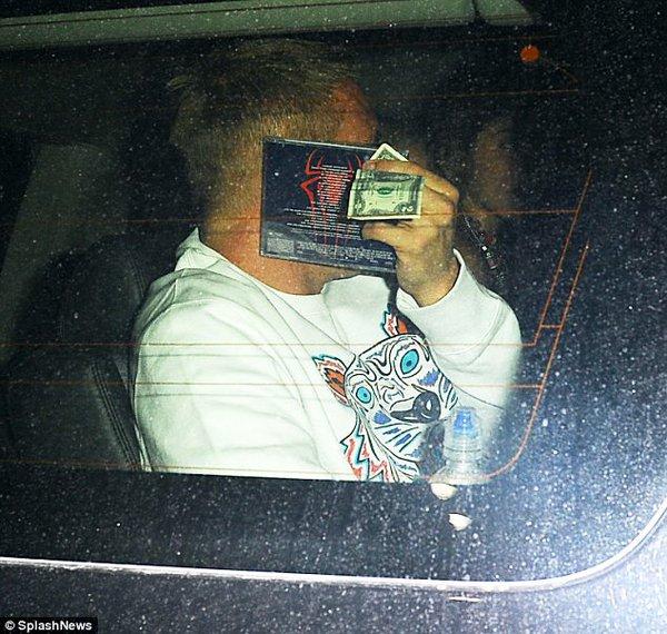 Katy Perry bị bắt gặp hẹn hò với bạn trai mới 4