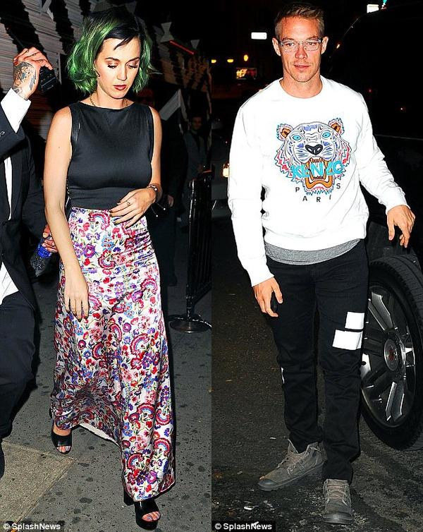 Katy Perry bị bắt gặp hẹn hò với bạn trai mới  2
