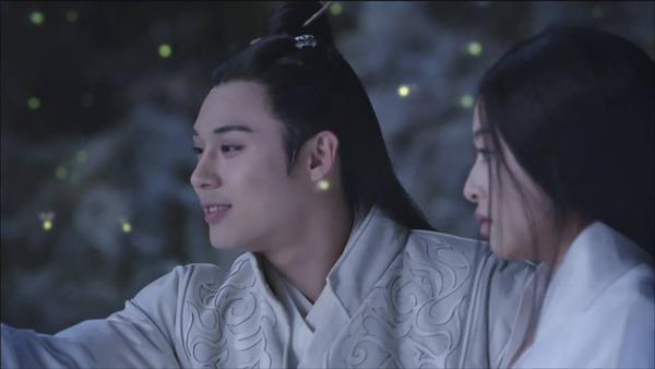 Fan Trung lại phát sốt vì nhan sắc của Lan Lăng Vương xinh gái 11
