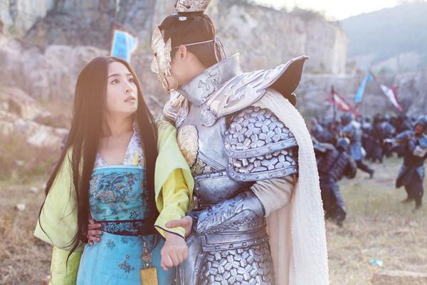 Fan Trung lại phát sốt vì nhan sắc của Lan Lăng Vương xinh gái 13