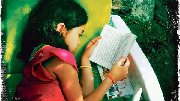 Sách yêu thích thời ấu thơ của các tác giả nổi tiếng 1